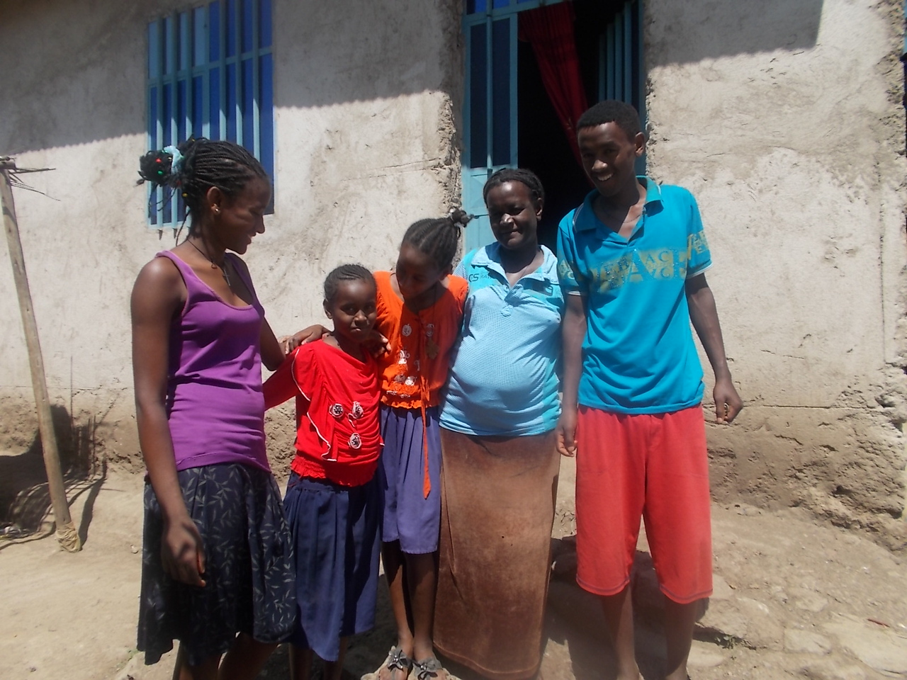Chali With her Children1