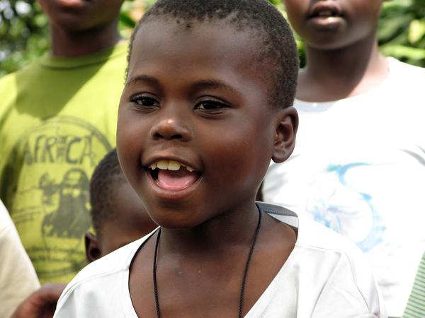 Girl Singing in Kinawataka