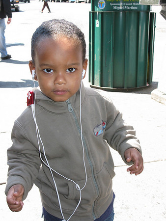 2 year old with I Pod in NYC