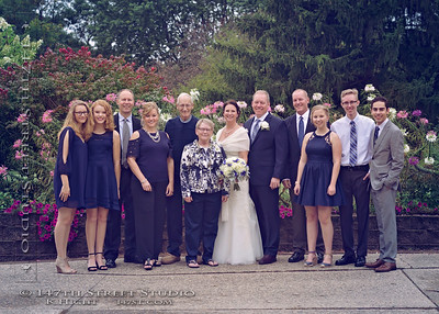 Family Portraits Arrowood Resort Wedding - Spirit Lake Iowa Photographer