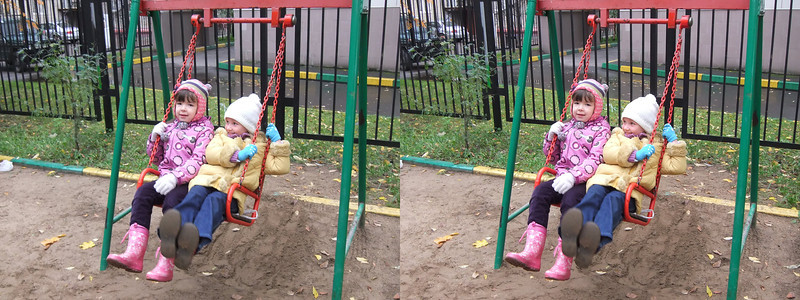 2011-10-15, Olya and Dasha Egorova after school (3D)