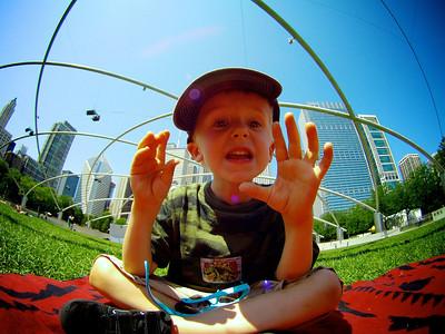 2013-0720_MillenniumPark_Kids_007