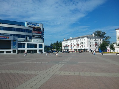 2016-08-19, Children went to cinema in Solnechnogorsk