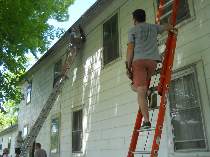 Hal and Andrew Bags doing soffit work.