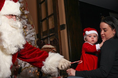 Addie_2012_Christmas029