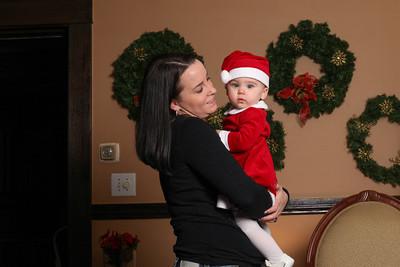 Addie_2012_Christmas004