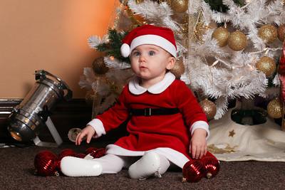 Addie_2012_Christmas017
