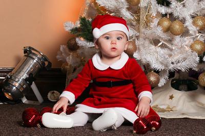 Addie_2012_Christmas018