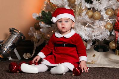 Addie_2012_Christmas021