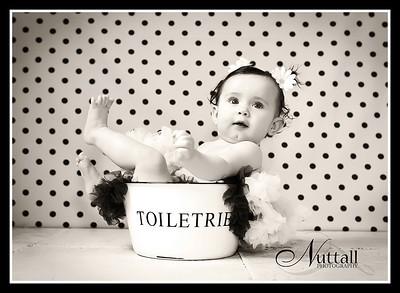 Addie 6 months 019bw