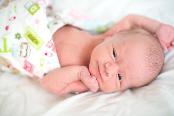 Annika - newborn