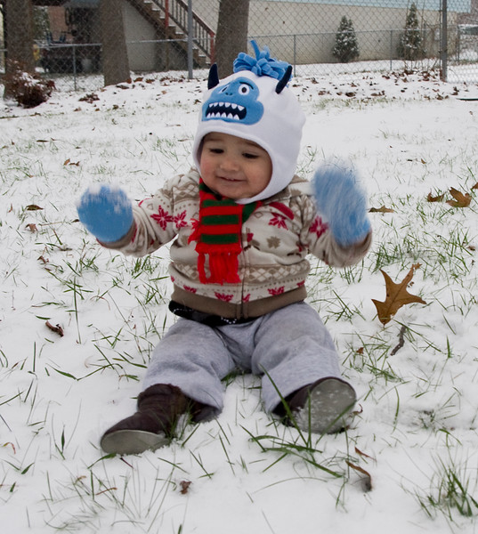 Asher's First Snow 12.8.13