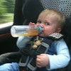 holding his bottle with one hand!!