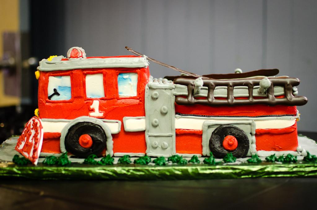 fire truck cake 2