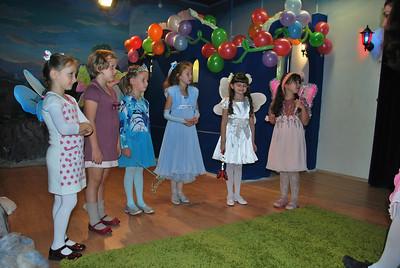 2012-09-28, Dasha Egorova's 7th birthday at Tsvetik-Semitsvetik