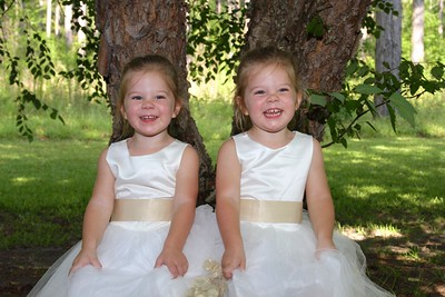 Blakelyn & Reighlyn~2 yrs old
