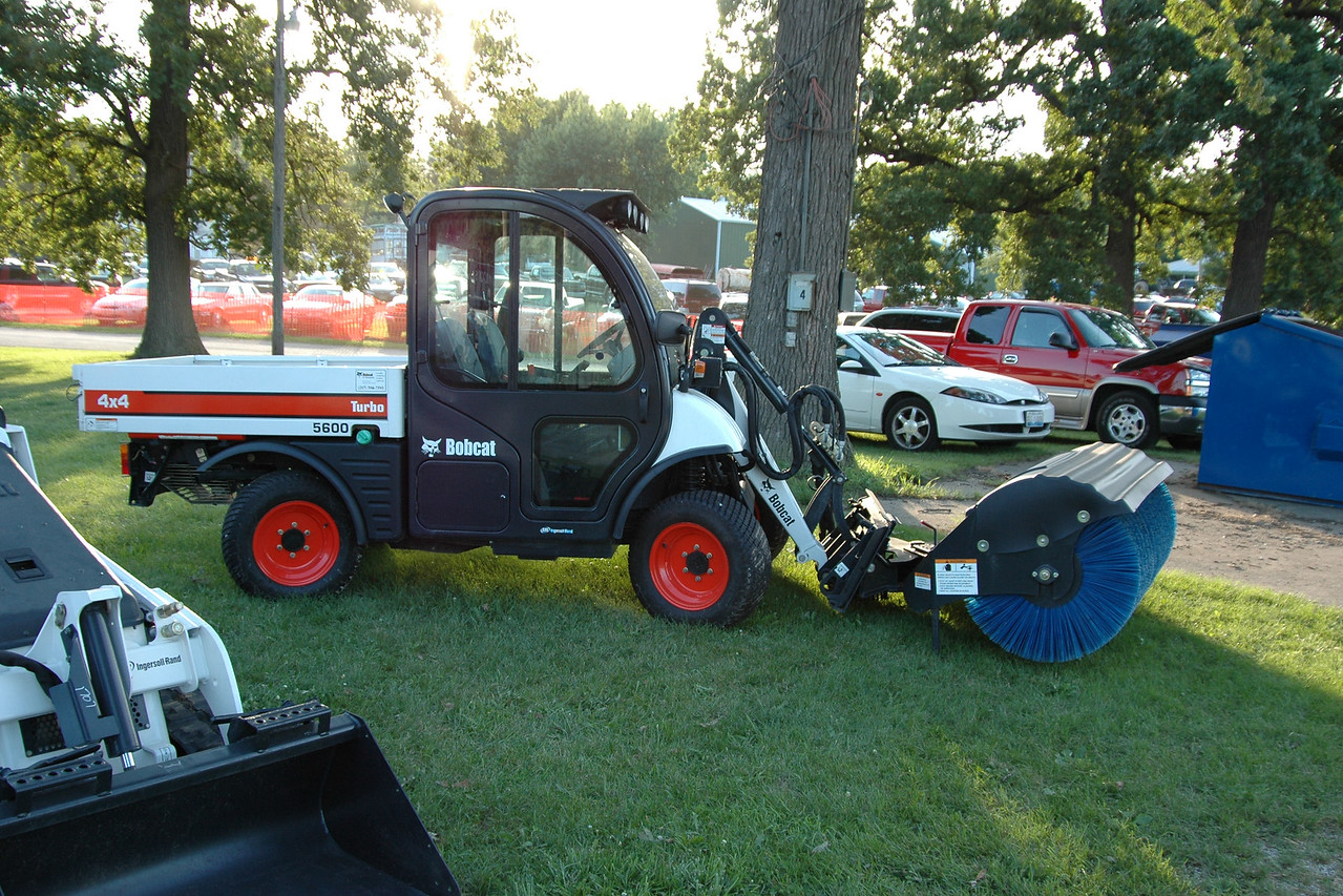 Of all the mini tractors, Charles liked this one best
