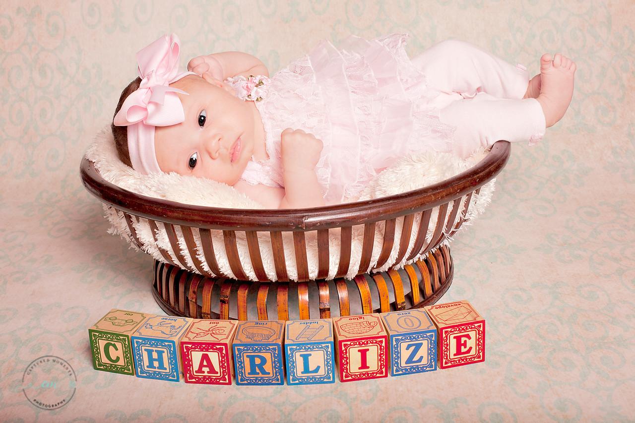 Charlize 031