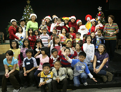 Children's X'mas Party Hosted by KALAYAAN