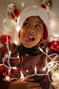 Christmas: Azriel