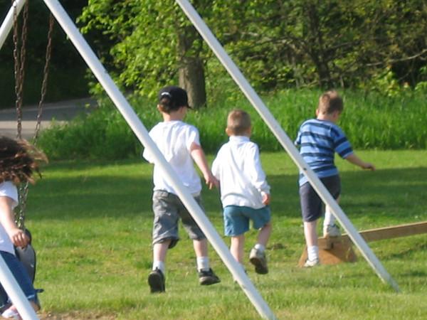 Cole's Kindergarten Field Day-2006