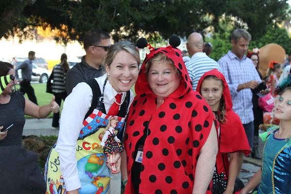Costume Parade 2015