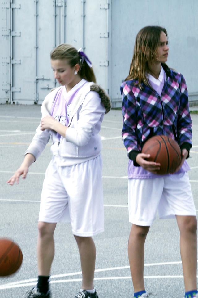 Courtney Basketball