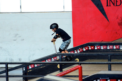 Declan at RideOn Skate Park Feb 2013
