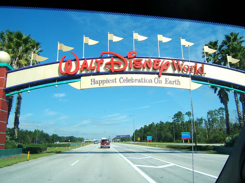 Driving into the mid-size city that is the Disney World complex.