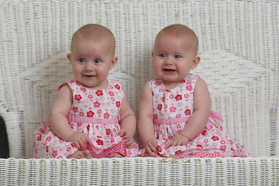 Elizabeth and Ella - 6 months