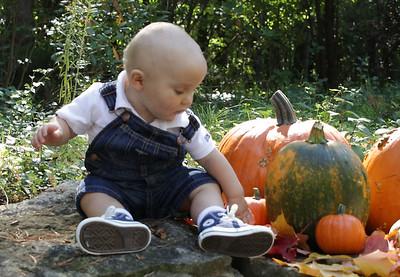 Elliot, 11 months old Sept 2714