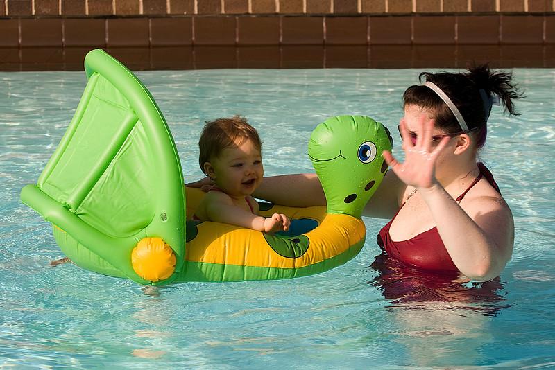 Kyrie and Liz enjoy the pool...