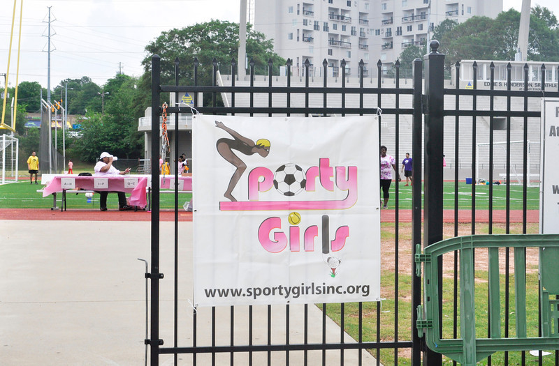 """Get Sporty"" with Sporty Girls"