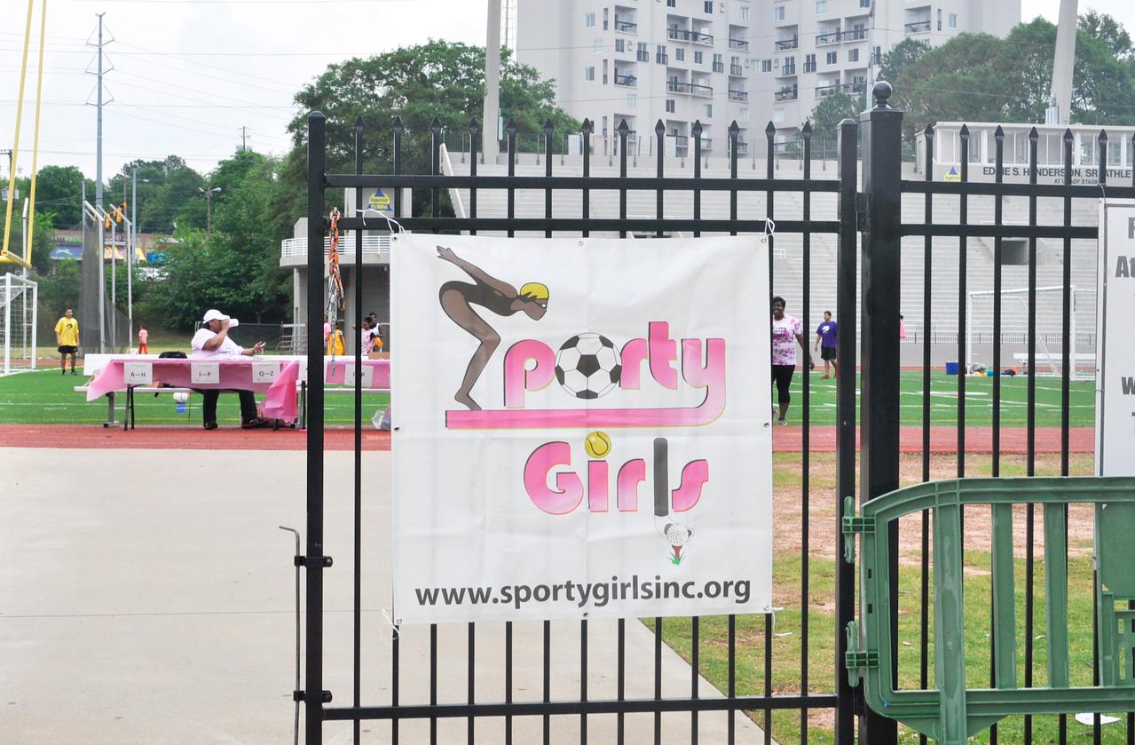 """Get Sporty"" with Sporty Girls"