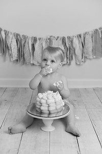 Graylee Cake Smash-24