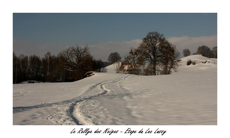 En direct du Rallye des neiges, l'étape Suisse du Lac Lussy est suivie par notre célèbre reporter photographe Tata Zabel d'Amour en Chocolat.<br /> <br /> Cette étape du Rallye des Neiges comportent 3 manches.<br /> Dont voici les premières images.