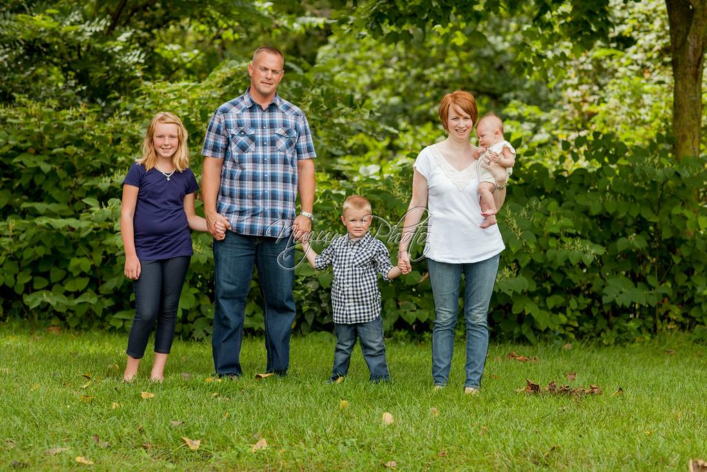 FamilyPhotosAUG2014-184