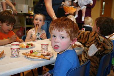 Freddie, Josef, Lucy and Noah all enjoying lunch