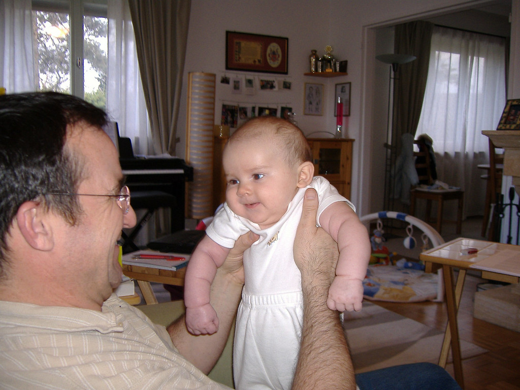 010 Playtime with Pops
