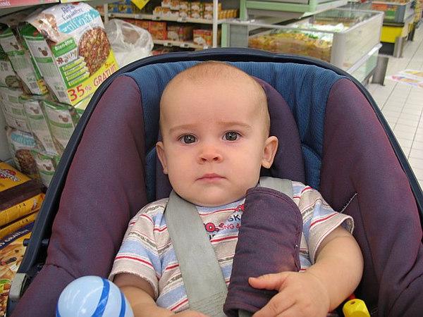 Jack, Caroline & I went shopping. Geant is *not* Jack's favourite place!