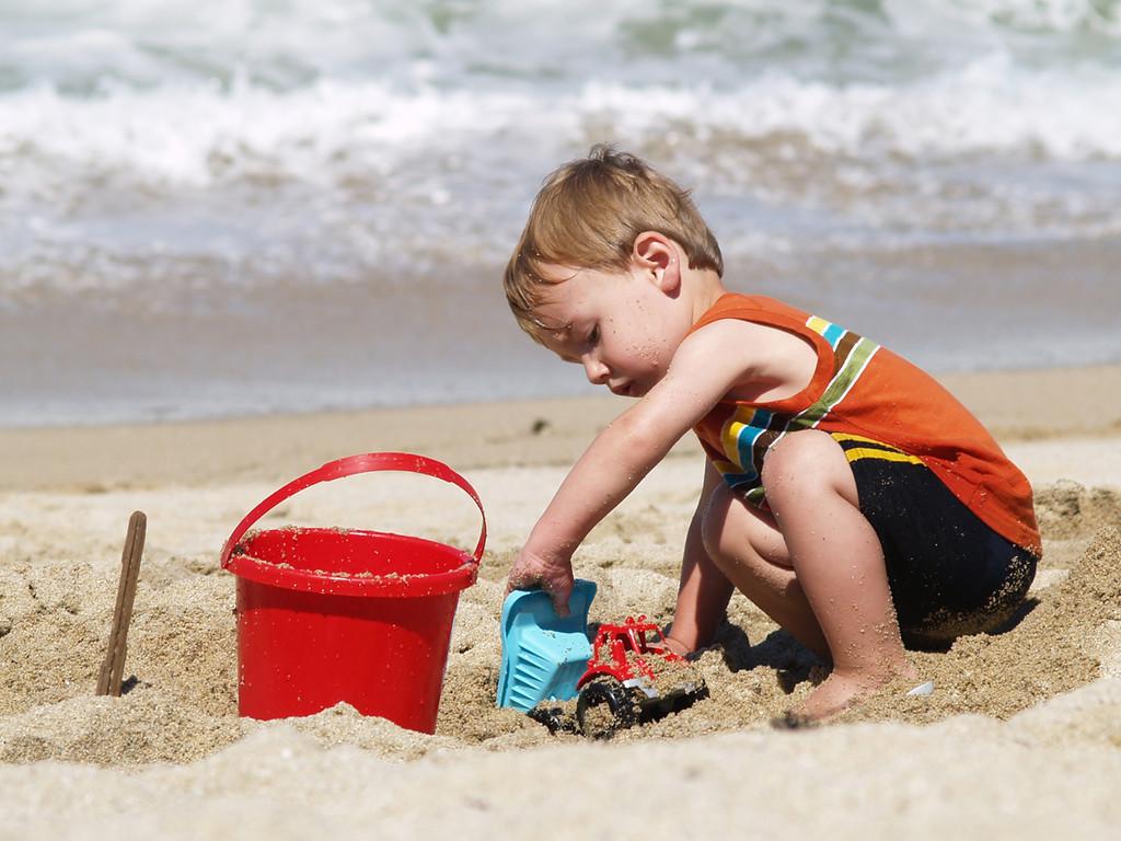 Beach kid 3