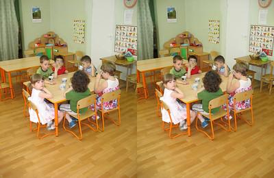 2010-05-14, Olya' s birthday party at Sad 1501 (3D LR)
