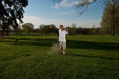 090424-Louis golf-1999