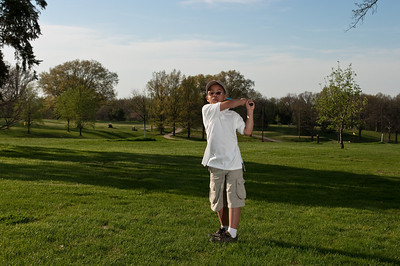 090424-Louis golf-1977