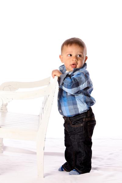Lucas - 9 month photo shoot