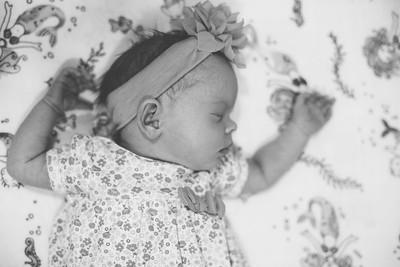 Lyla Newborn-4