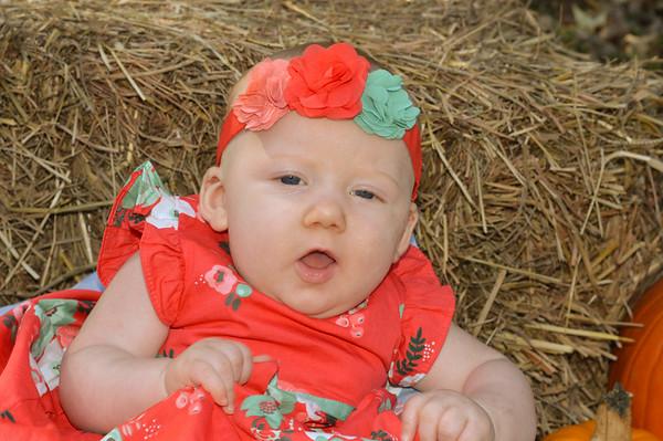 Mia's 4 month pics