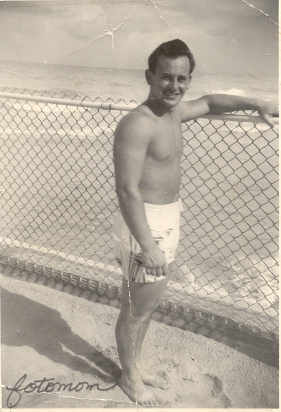Gus Engel-at-beach-1950