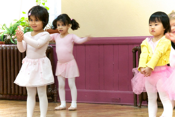 Cyane with the other 3 year old dancers