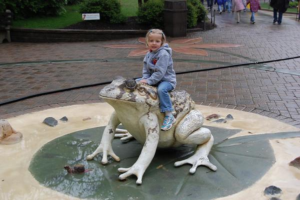 Rachel's Ft Wayne Zoo Trip-2008